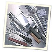 Вспомогательный инвентарь - лопатки, щипцы, вилки и пр.